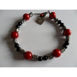 Collier perle rouge