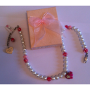 Collier Perles Blanches avec Coeur Rose